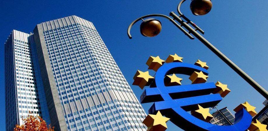 Pil +0,3%: Eurozona fuori da recessione