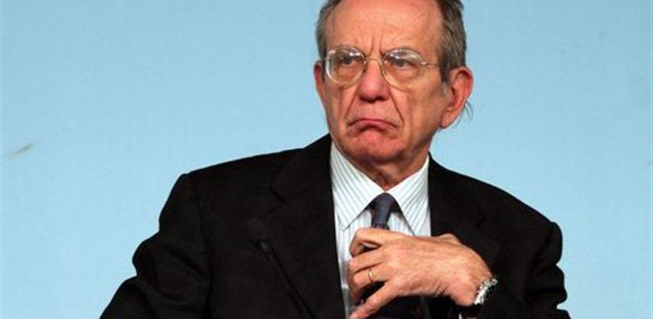"""Banche, Padoan: """"Altre crisi? Lo escludo. Nessun dubbio su Bankitalia e Consob"""""""