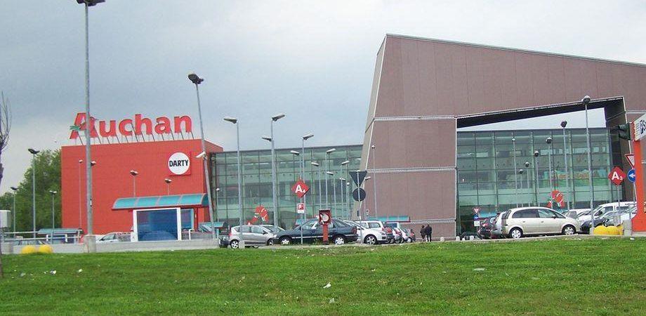 Auchan: semestre in rosso per il colosso dei supermercati