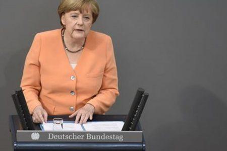 Germania in crisi: salta l'accordo di coalizione a tre