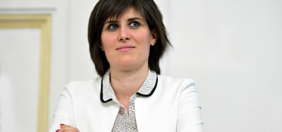 Torino, la Appendino vuol vendere Iren, l'aeroporto e la Centrale del Latte