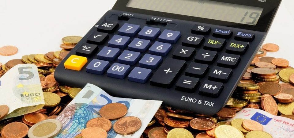 Cartelle esattoriali: scendono gli interessi per chi paga in ritardo