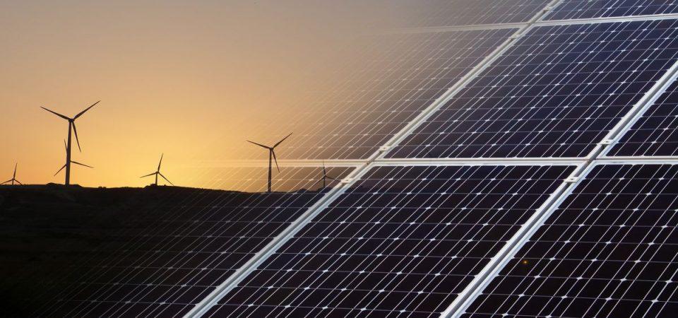 Energie rinnovabili, crescono i finanziamenti alla green economy