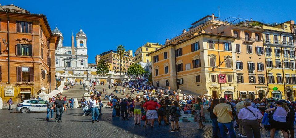 Turismo,  Italia quinto paese al mondo: report Unicredit e Touring Club