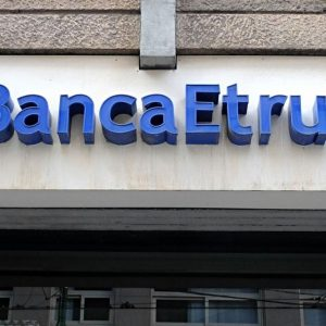 Crack bancari, Governo punta a rimborsi per 500 milioni
