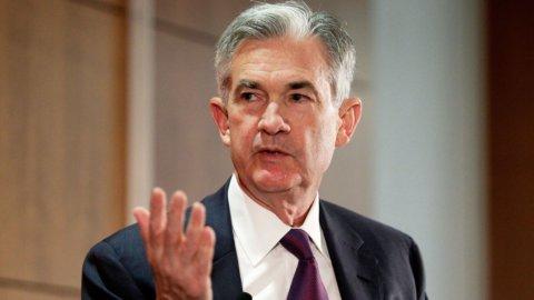 """Fed, Powell: """"Aumentano le incertezze"""". Verso taglio tassi a luglio"""