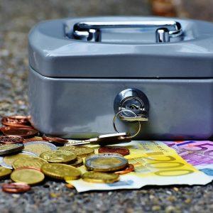 Etf, patrimonio al record e fondi azionari superstar