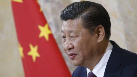 La Cina abbassa i dazi, i conti di Unicredit e Fca in scena a Piazza Affari