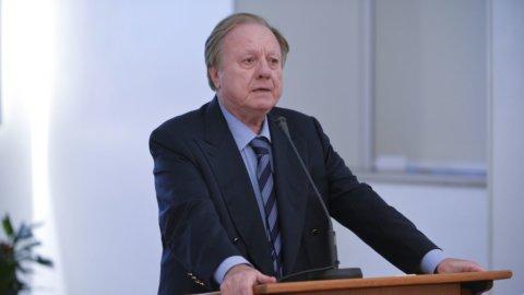 L'ex Ministro Altero Matteoli è morto in un incidente stradale