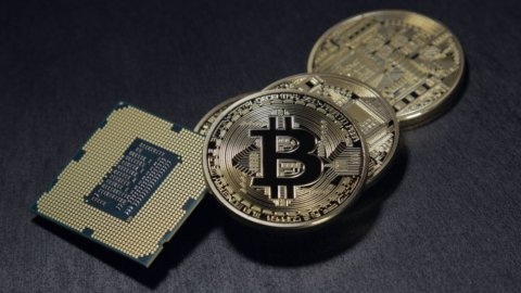 Bitcoin valuta digitale