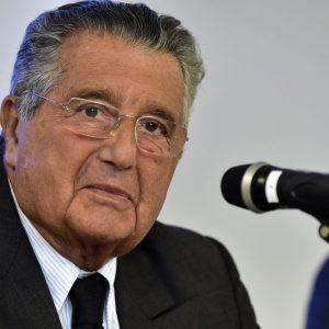 """De Benedetti: """"Dio ci scampi da Berlusconi e M5S: Gentiloni meglio di Renzi"""""""