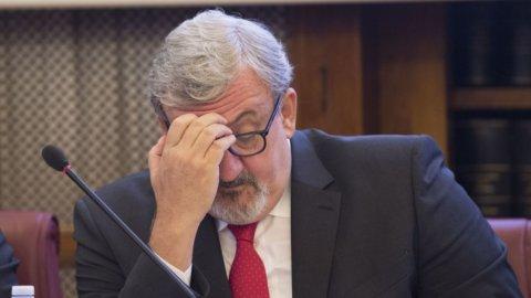 """Ilva, Arcelor smentisce Emiliano: """"Non restiamo fino a maggio"""""""