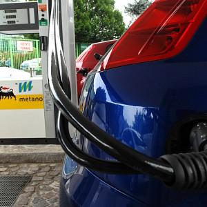 Eni-Snam: contratto per nuovi distributori metano