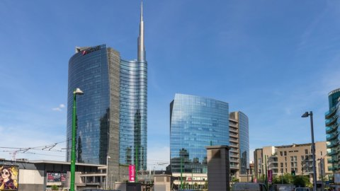 Unicredit punta al 20% di donne nel management