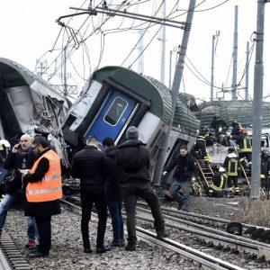 Pioltello, Trenord e Rfi indagati per disastro ferroviario colposo