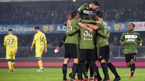 La Juve ritrova Higuain e primato ma il Napoli punta al controsorpasso