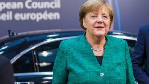 """A.Bolaffi: """"La Merkel non tradirà l'euro ma l'Italia non deve tirare troppo la corda"""""""
