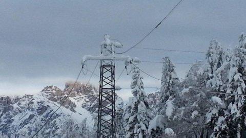 Terna: consumi elettricità in calo a gennaio