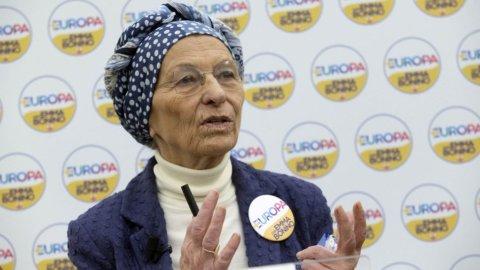 """Emma Bonino dice sì al Pd: """"Alleati contro chi non vuole l'Europa"""""""