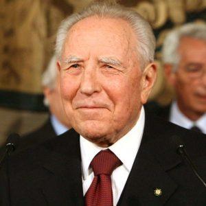 """Visco ricorda Ciampi: """"Difese l'indipendenza di Bankitalia"""""""