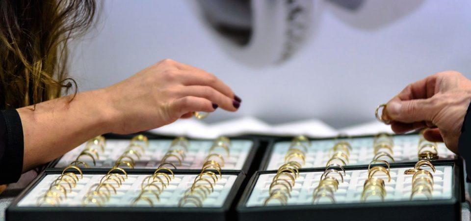 Compro oro: circa tremila operatori in Italia