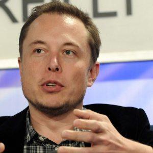 """Tesla: """"Taxi a guida autonoma entro il 2020"""""""