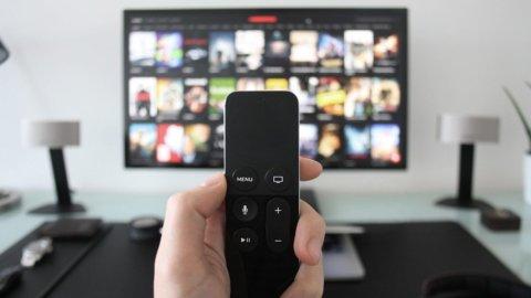 La televisione online: chi vince e chi perde nell'arena del futuro