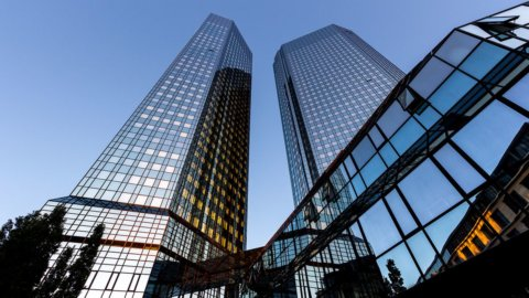Deutsche Bank taglia 18mila posti e prepara maxi bad bank