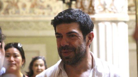 Cinema, torna Muccino: cast stellare ma la trama…