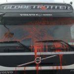 Violenze No Tap camion imbrattato