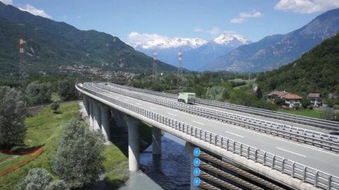 Autostrade, nazionalizzazione: M5S sì, Lega no