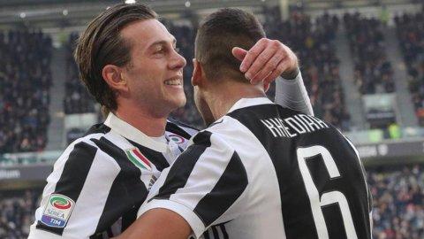 Juve, contro la Fiorentina gioca la carta dell'ex Bernardeschi