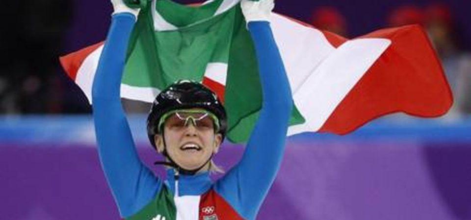Olimpiadi, Arianna Fontana medaglia d'oro nello short track