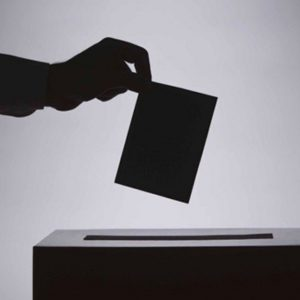 Elezioni europee: gli sconti in aereo, treno, nave per chi vota