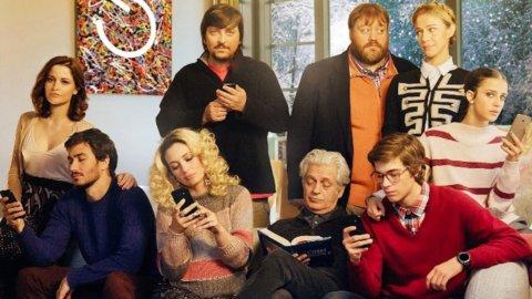 """Cinema, """"Sconnessi"""": il panico di una famiglia senza… WiFi"""