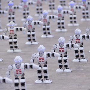 Tim fa ballare 1.372 robot e si aggiudica il Guinness dei Primati