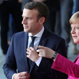 """Macron a Strasburgo: """"Basta egoismi, si rischia guerra civile"""""""