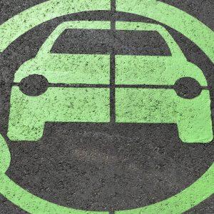 Auto elettrica, opportunità da 10 miliardi per le utility
