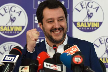 Referendum M5S: il 59% dice no al processo a Salvini