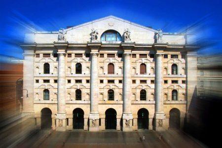 Borsa, Piazza Affari (+21,8%) torna prima in Europa
