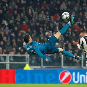 Il Real di CR7 strapazza la Juve, oggi la Roma sfida Messi