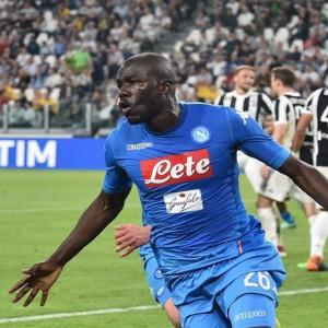 Napoli, colpo grosso: infilza la Juve e riapre la corsa scudetto
