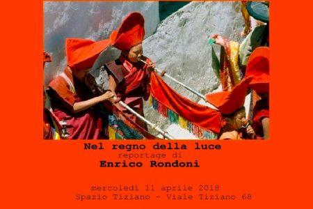 """""""Nel regno della luce"""", a Roma il reportage di Enrico Rondoni"""