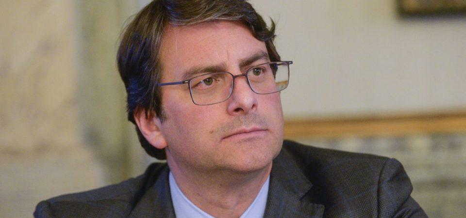 Intesa Sanpaolo e consumatori, accordo-quadro in 6 punti
