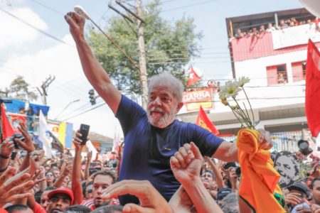 Brasile: Lula si candida alle presidenziali, ma sarà eleggibile?