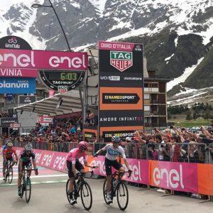 Giro, Froome resiste a Cervinia: in trionfo ai Fori Imperiali