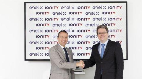 Enel: accordo con Ionity per 20 stazioni di ricarica ultrarapida