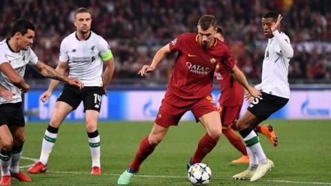 Champions, la Roma sfiora l'impresa ma l'arbitro la beffa
