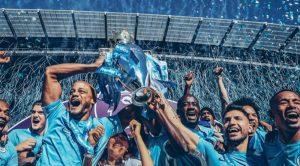 Manchester City festeggia la vittoria in Premier League