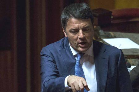 """Renzi: """"Salvini si dimetta: un Governo No Tax è possibile"""""""
